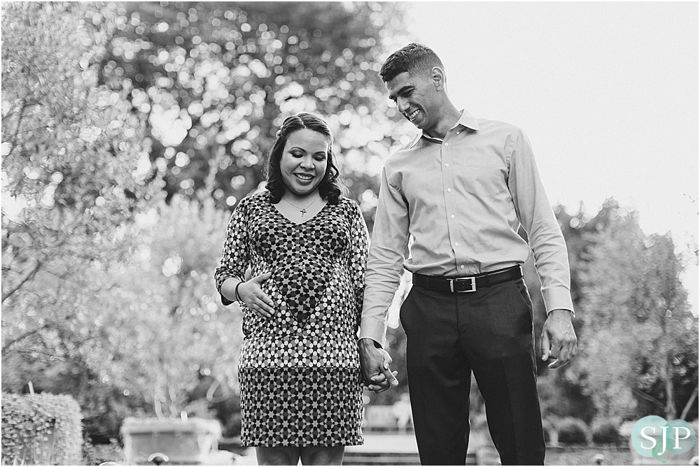 Cat + Ali // Longwood Gardens Maternity Session {Chadds Ford PA Lifestyle Photographer}
