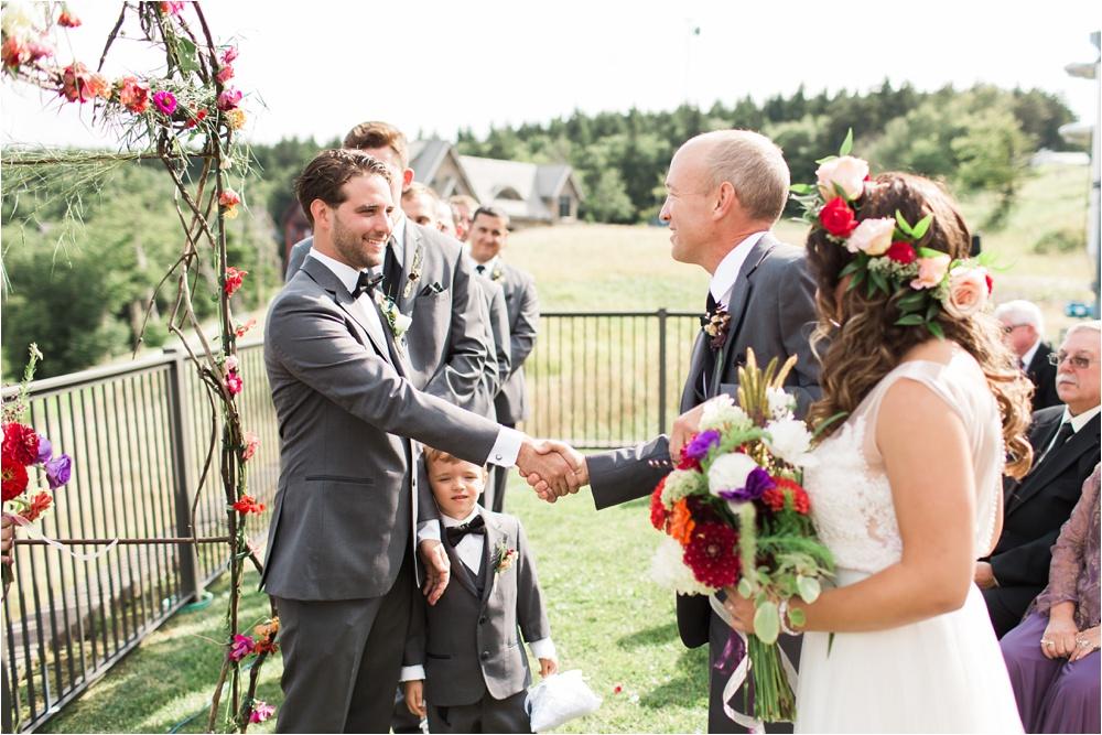 Mountaintop West Virginia Wedding | Destination Wedding Photographer | Dani and Hunter