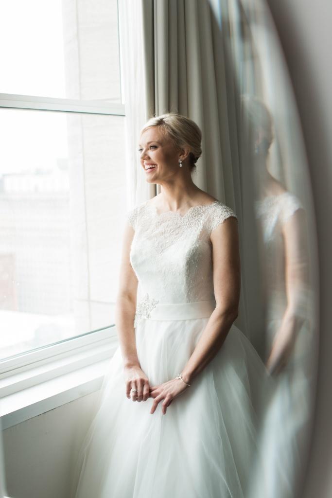 The Loews Philadelphia Wedding Photography | Classic Philadelphia Wedding | Suzanne and Chris