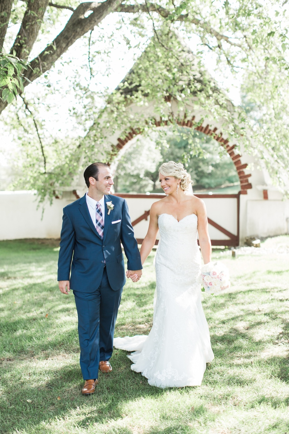 Blue Bell Wedding Photography | Organic Outdoor Wedding | Ashlee and Patrick