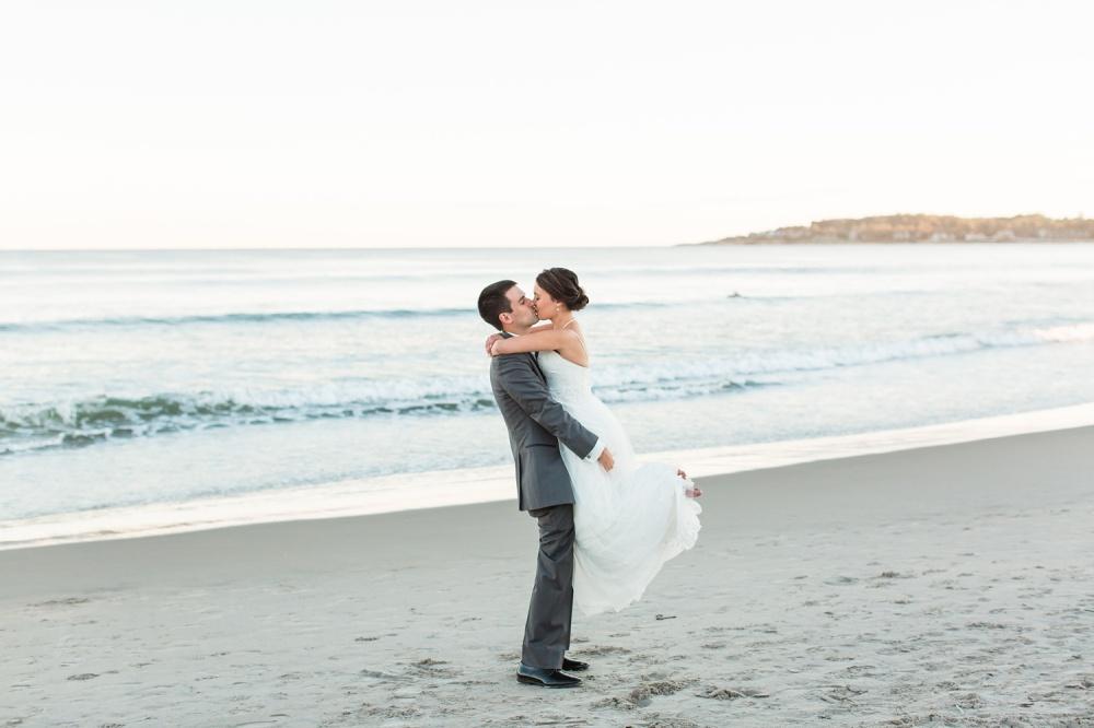 The Dunes Club Narragansett, Rhode Island Wedding   Destination Wedding Photographer   Lindsey and Tyler